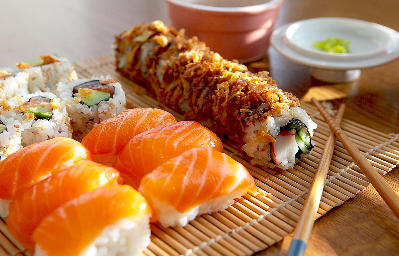 food photography - sushi - Samuel Sotiega